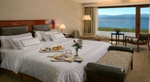 Cacique Inacayal Lake Spa Hotel quarto