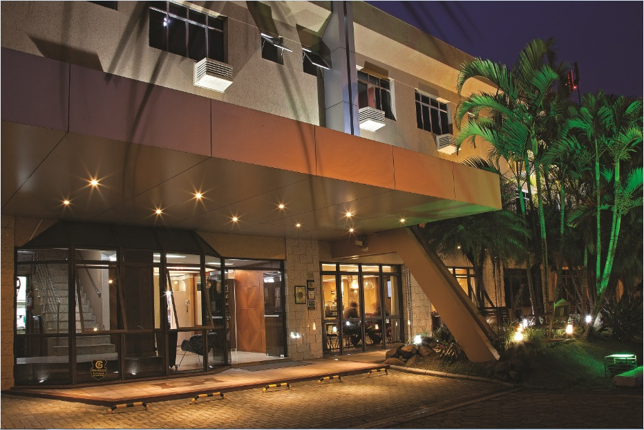 Hotéis baratos em Curitiba Lira Hotel