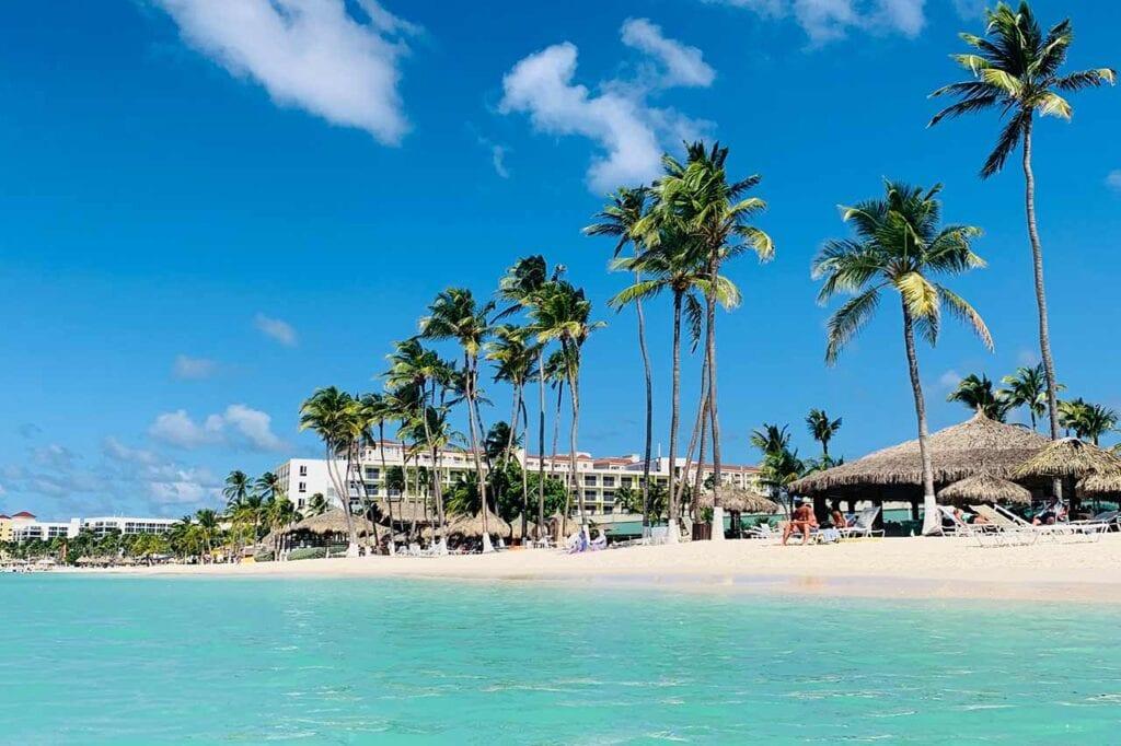 Reserve hospedagem em Aruba no Elquarto