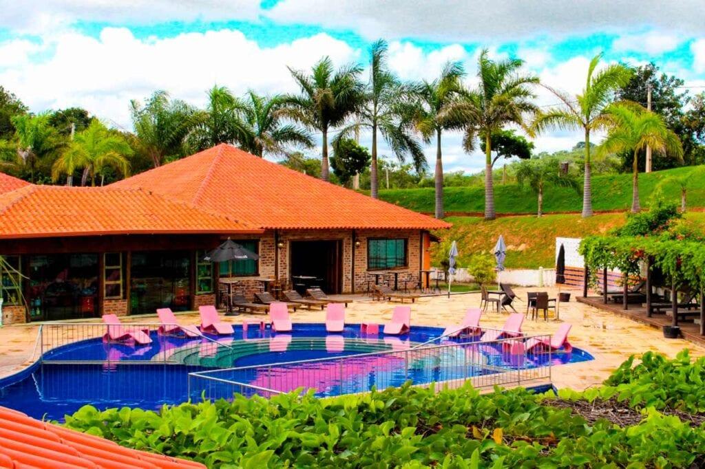 Parque do Avestruz Hotel Fazenda, Esmeraldas