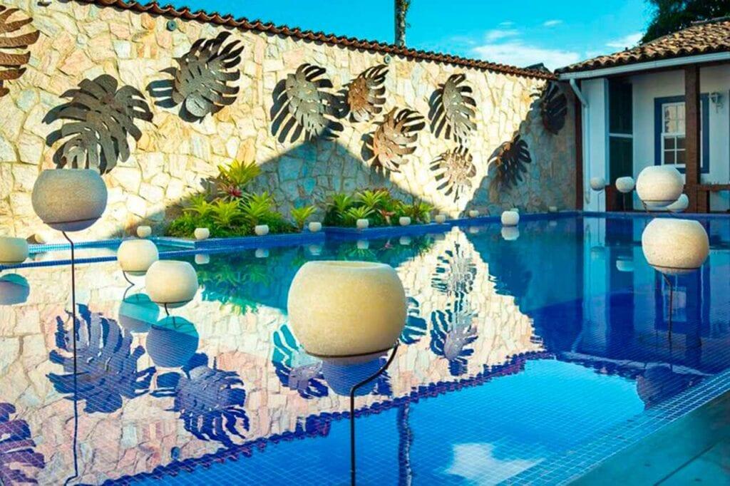 Encontre as melhores hospedagens em Paraty no ElQuarto!