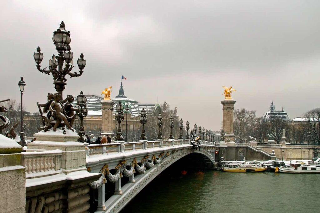 Pontos turísticos de Paris: Ponte Alexandre III