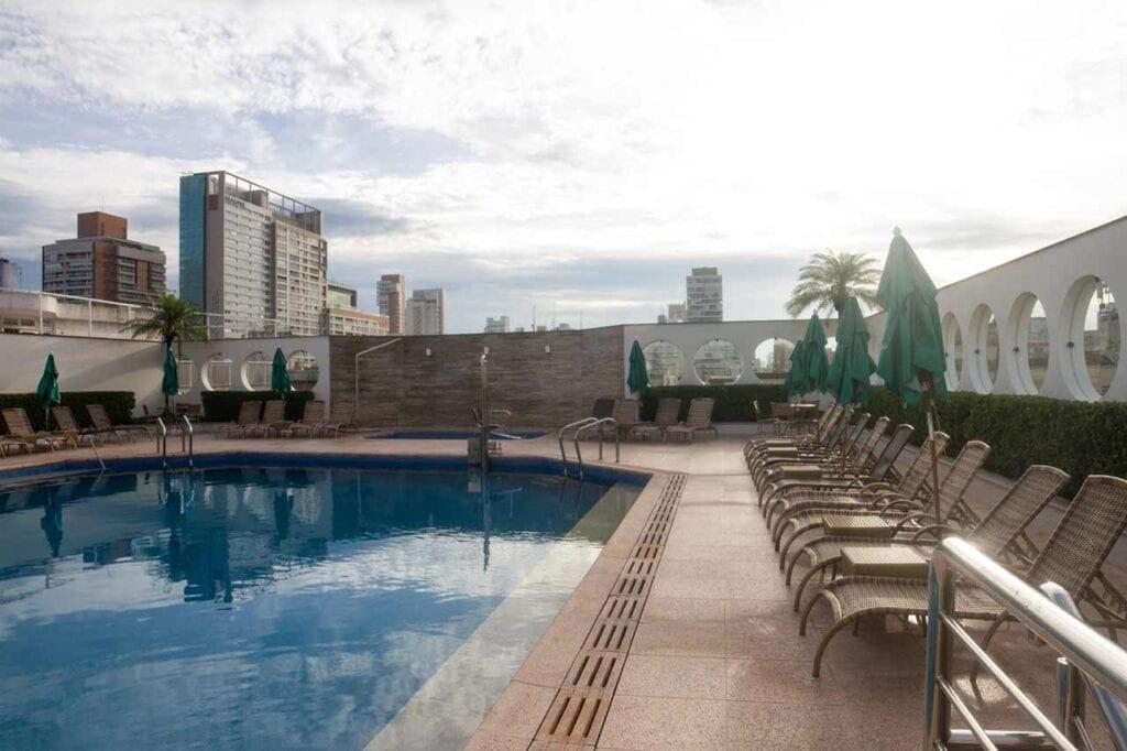 Encontre os melhores hotéis em Santos no ElQuarto!
