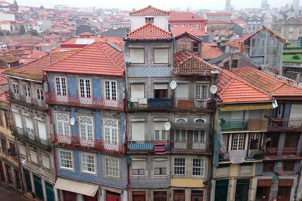 Quantos anos tem a cidade do Porto em Portugal?