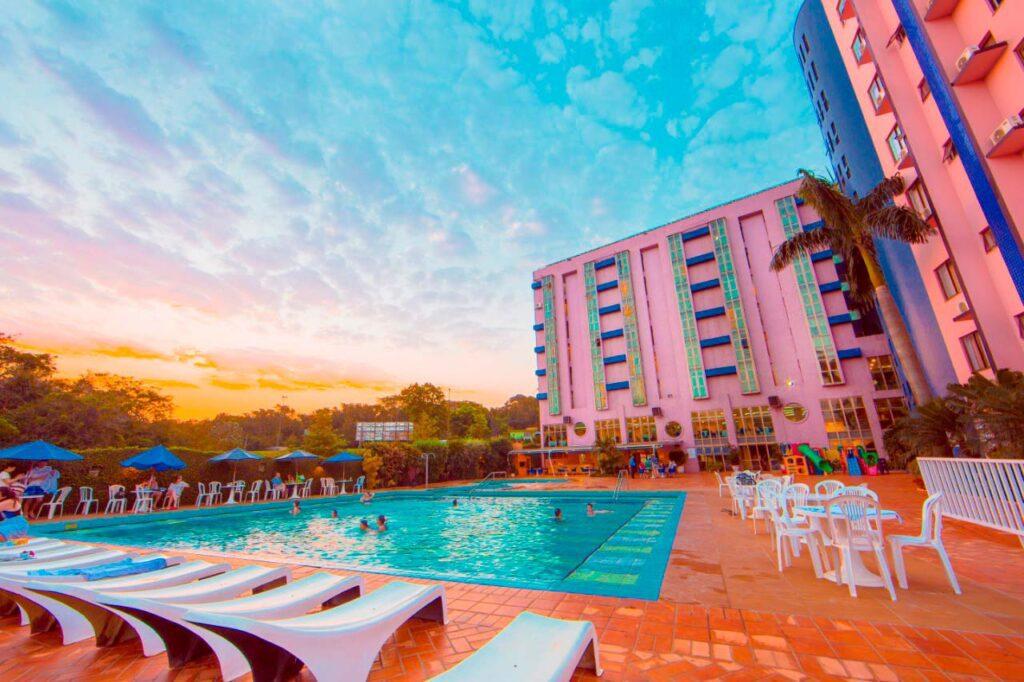 Faça sua busca por hotéis em Foz do Iguaçu no ElQuarto!