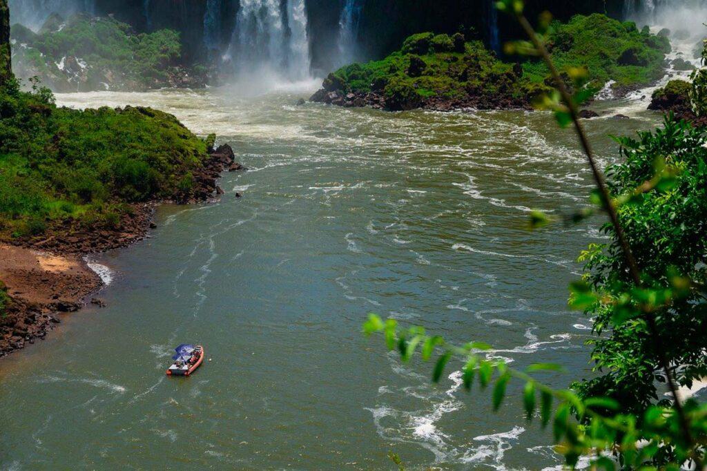 Onde fica Foz do Iguaçu?